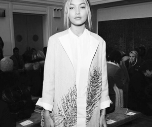 gigi hadid, coat, and fashion image