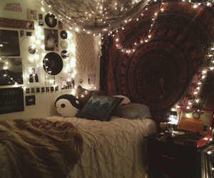 amazing, cuddle, and fairy lights image