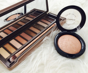 collection, eyeshadows, and naked2 image
