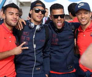 adriano, rafinha, and dani alves image