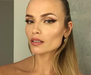 makeup, Natasha Poly, and model image