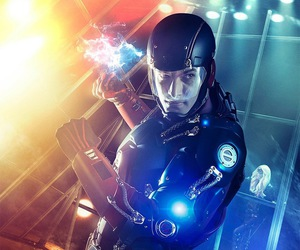 justice league and the atom image