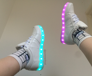 glow and shoes image