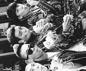 daesung, seungri, and T.O.P image