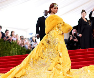 rihanna, yellow, and riri image