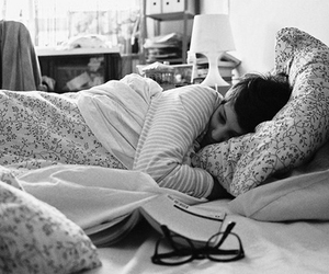 girl, bed, and photography image