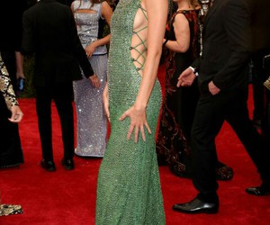 kendall jenner, met gala, and green image