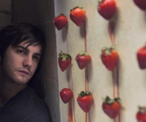 Across the Universe, strawberry, and jim sturgess image
