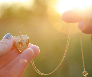 heart and necklace image