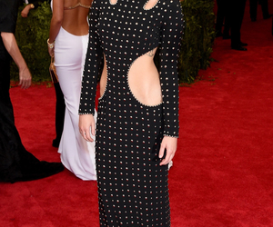 miley cyrus, red carpet, and dress image