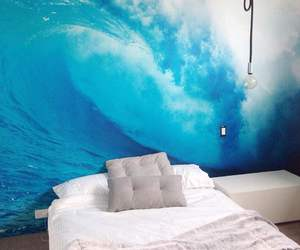 room and surf image