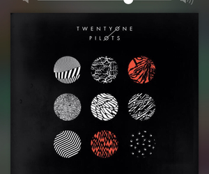 twenty one pilots, blurryface, and stressed out image
