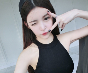 ulzzang, 可爱, and wang jia yun image