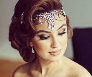 jewelry and make up image