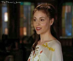charmed, phoebe, and halliwell image