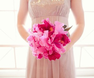 beautiful, bride, and flower image