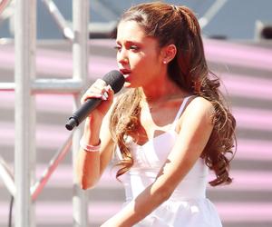 ariana grande and singer image