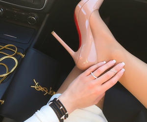 beige, louboutin, and nail image