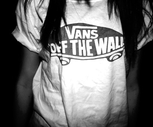 black and white, t-shirt, and girl vans image