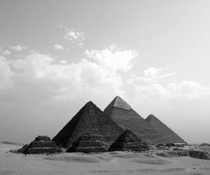 egypt and pyramids image
