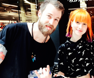 hayley williams, friends, and love image