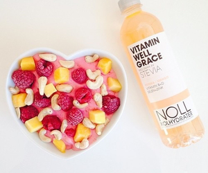 food, heart, and smoothie image