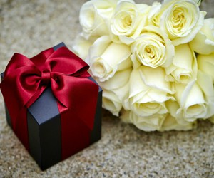 bouquet, gift, and red image