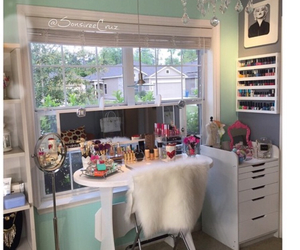 room ideas, makeup table, and roomspiration image