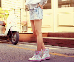 asian girl, boots, and korean image