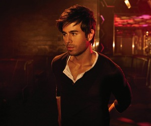 enrique iglesias, Hot, and man image
