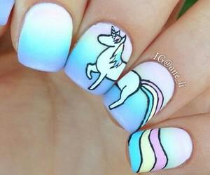 nails and einhorn image