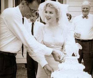 Marilyn Monroe, wedding, and arthur miller image