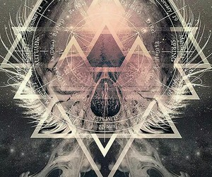 triangle and skull image