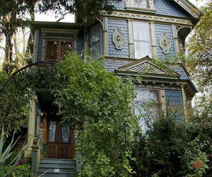 house, victorian, and Halloween image