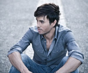 enrique iglesias, enrique, and Hot image