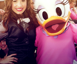 demi, demi lovato, and perfect image