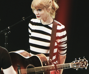 guitar, Taylor Swift, and Queen image