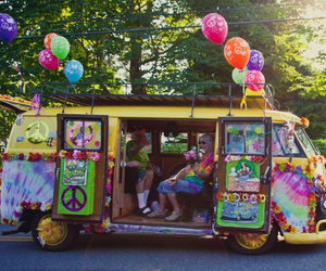 bus, hippie life, and hippie bus image