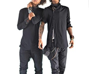 les twins and dancer image