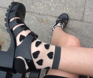 black, design, and fashion image