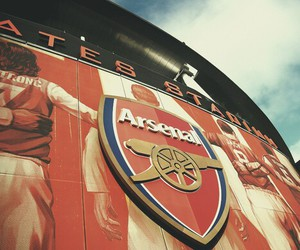 Arsenal, home, and north london image
