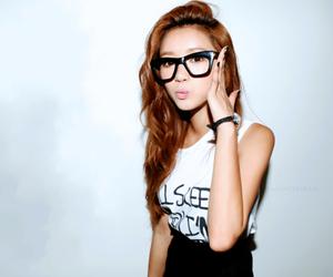 girl, ulzzang, and glasses image