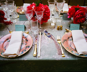 table and met gala image