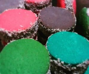 alfajores, food, and colours image