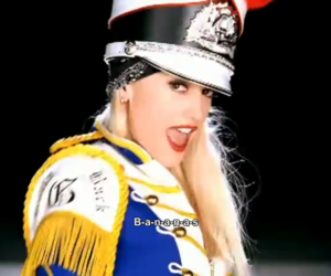 gwen stefani, nostalgic, and hollaback girl image