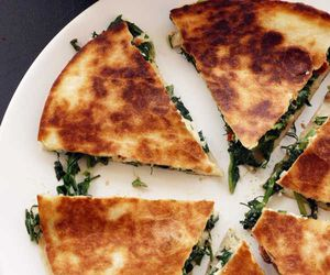 delicious, food, and quesadillas image
