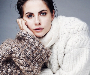 willa holland, arrow, and thea queen image