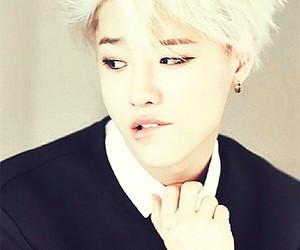 uniq, kpop, and seungyoun image
