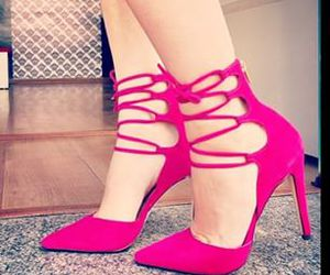 fashion, pink, and shoes. luiza barcelos image