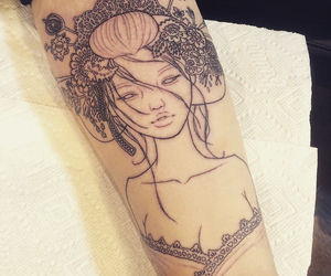 geisha and tattoo image